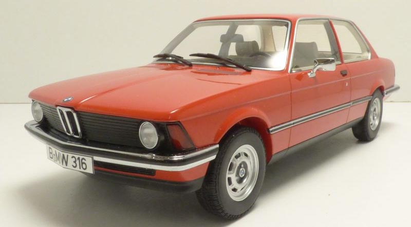 Red BMW 316 1982